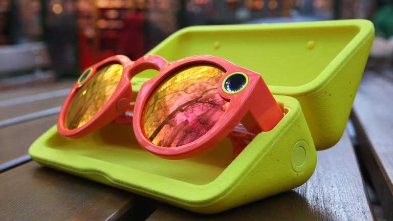 Snapchat Spectacle's case melts while charging